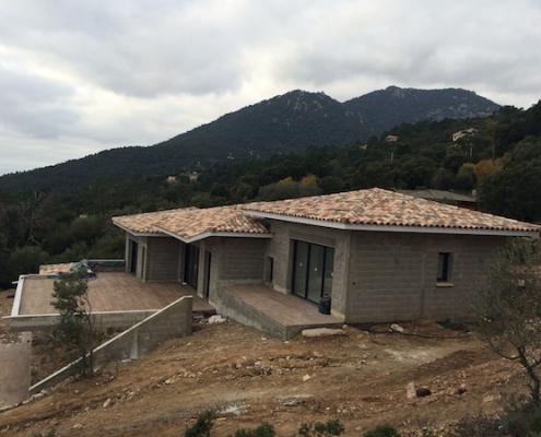 Construction de villas à Porto-Vecchio - Gros oeuvre couverture